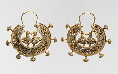 Object Name: Earring Date: 11th–12th century Geography: Iran Culture: Islamic Medium: Gold; filigree and granulation