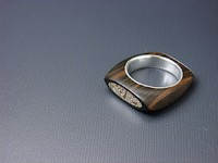 silver and wood ring design